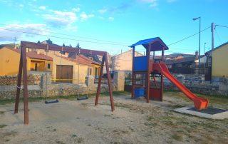 entorno con parques infantiles