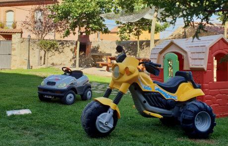 Jardín Casa Rural viajar niños